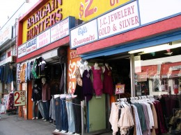 Rt. 66: West Hollywood, Bargain Hunters