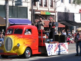 2008 Doo-Dah Parade: Snotty Scotty and the Hankies