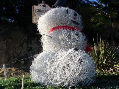 Rt 66: LA: Chinatown snowman