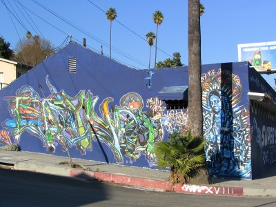 Rt 66: South El Sereno, Montecito Heights, Monterey Hills: blue building mural
