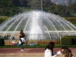 Santa Anita 2008: infield fountain