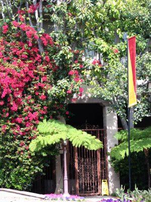 Sunset Boulevard - Part Sixteen: Brentwood, doorway 2