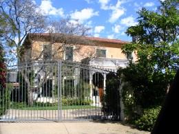 Sunset Boulevard - Part Sixteen: Brentwood, house 1