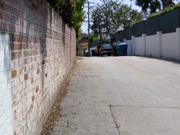 Sunset Boulevard - Part Twelve: Garbage Cans of Beverly Hills: alley 2