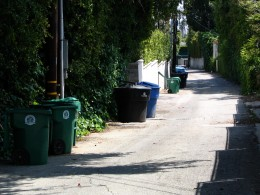 Sunset Boulevard - Part Twelve: Garbage Cans of Beverly Hills: alley 6