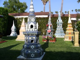 Sunset Boulevard – The Dead: Part 1 - Hollywood-Forever: Thai Buddhist shrines 1