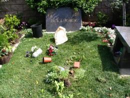 The Dead - Part 2: Pierce Brothers Westwood Village Memorial Park: Jack Lemmon