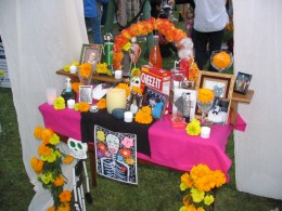 Hollywood Forever Day of the Dead: Altar Cheez It