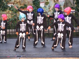 Hollywood Forever Day of the Dead: Calaca Dancers