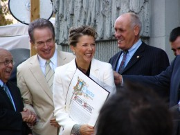 Johnny Grant, Warren Beatty, & Annette Bening