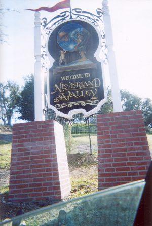 Neverland Ranch entrance 2