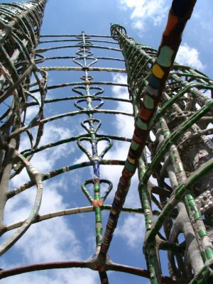 Watts Towers: hearts