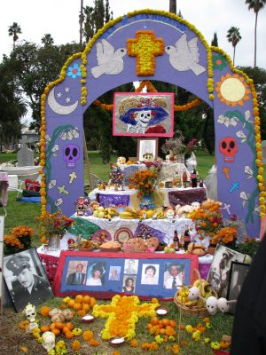 Day of the Dead 2008: altar 2