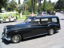 Rudolph Valentino 2008: Rolls Royce limo