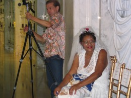 Rudolph Valentino 2008: woman in wedding dress