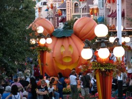Disneyland and California Adventure Part 1: Halloween time