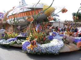 Rt. 66: 2008 Tournament of Roses Parade: valediction, Disney float front