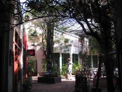 Rt. 66: Colorado Blvd: John Varley in courtyard