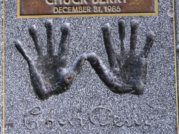 Sunset Boulevard – Part Nine: La Brea to Fairfax: Guitar Center, Chuck Berry