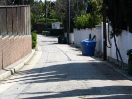Sunset Boulevard - Part Twelve: Garbage Cans of Beverly Hills: alley 4