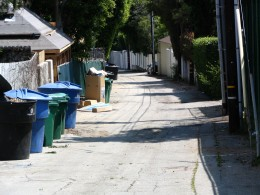 Sunset Boulevard - Part Twelve: Garbage Cans of Beverly Hills: alley 5