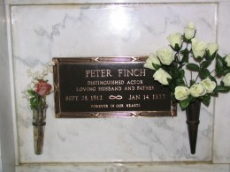 Sunset Boulevard – The Dead: Part 1 - Hollywood-Forever: Peter Finch