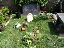 The Dead - Part 2: Pierce Brothers Westwood Village Memorial Park: Jack Lemmon