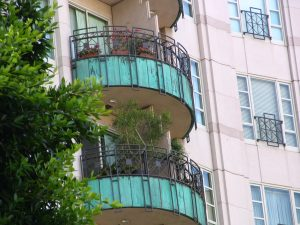 Wilshire Blvd Part 5: The Wilshire balconies