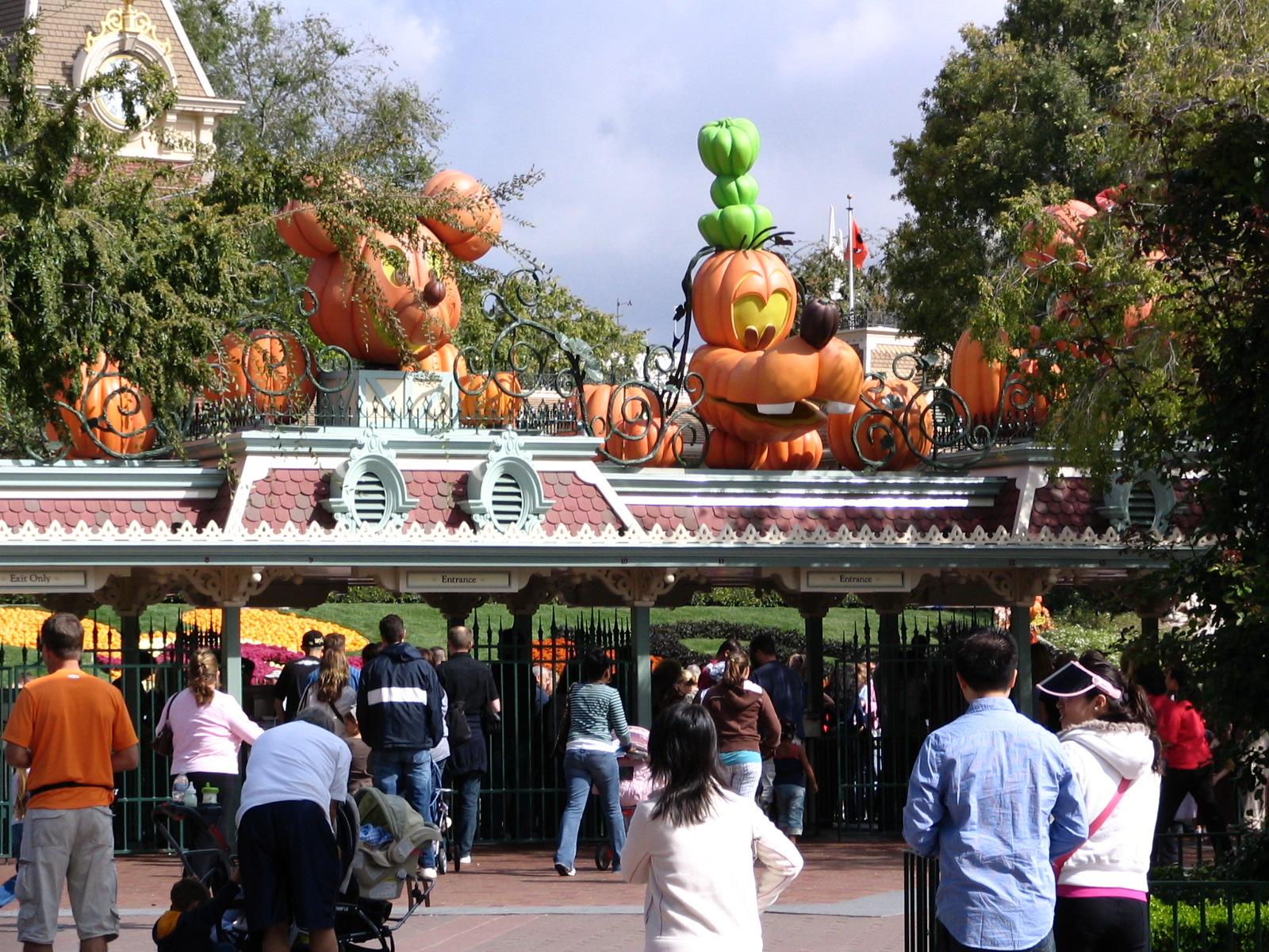 disneyland and california adventure part 3 halloween - Disneyland Hours Halloween