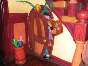 Disneyland and California Adventure Part 4: Mickey's closet