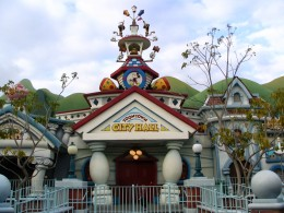 Disneyland and California Adventure Part 4: Toon Town City Hall