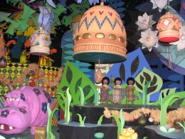 Disneyland and California Adventure Part 4: it's a small world 1