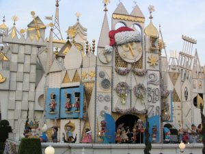 Disneyland and California Adventure Part 4: it's a small world facade