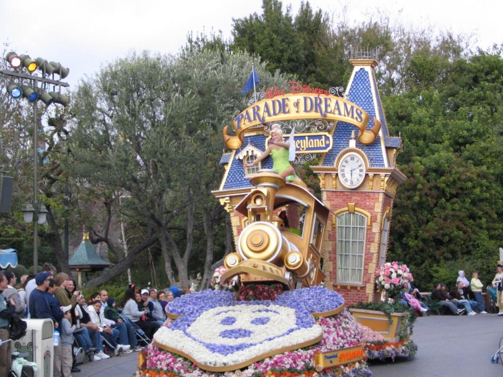 Disneyland and California Adventure Part 5: Parade of Dreams