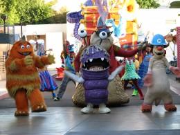 Disneyland and California Adventure Part 9: Nemo float