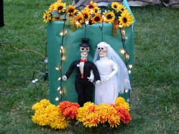 Hollywood Forever Day of the Dead: Bride & Groom