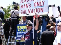 Michael Jackson trial: proselytizing