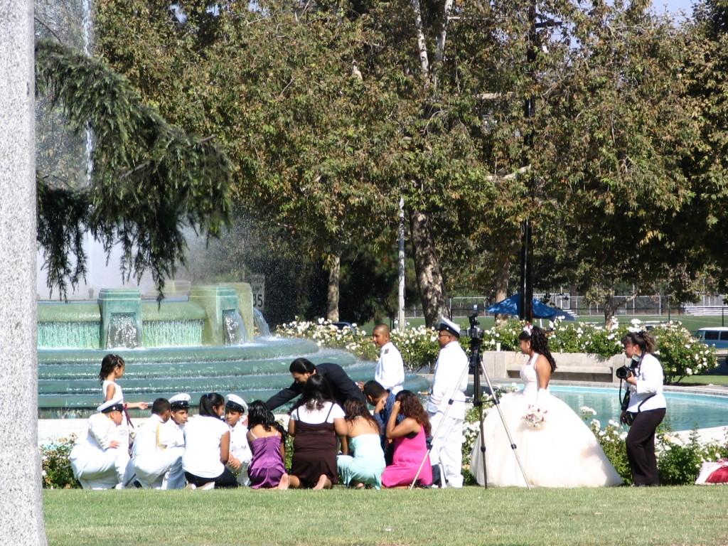 Wedding at William Mulholland Memorial Fountain