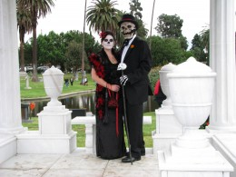 Day of the Dead 2008: bride and groom